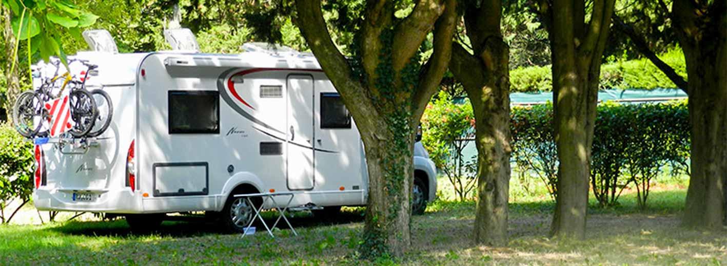 camping avignon hebergement