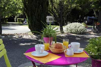repas camping Avignon